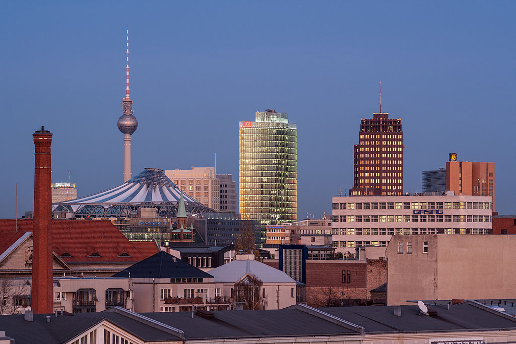 There are many Things to do in Berlin with locals ... photo by CC user Belappetit on wikimedia commons