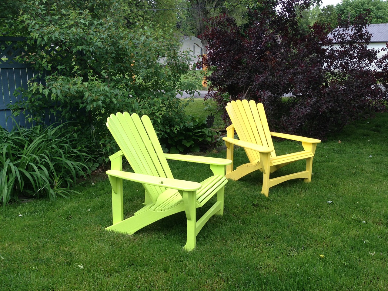 Nothing can make your Home Ready for Summer quite like Adirondack chairs ... photo by CC user LRMoore on pixabay
