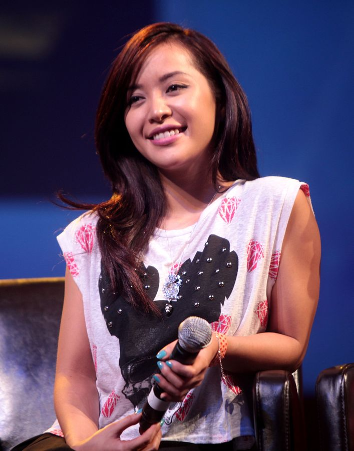 Michelle Phan is one of many Inspirational Beauty Vloggers you should emulate
